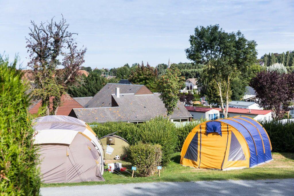 tentes sur emplacements